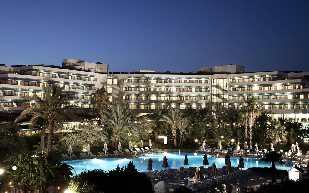 Готель Sunrise Park Resort