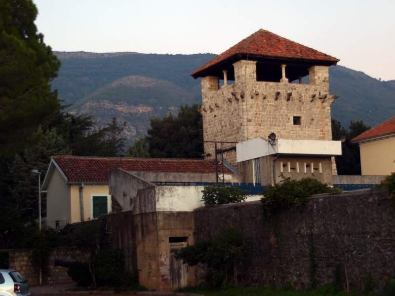 Чорногорія: релігія, відпочинок